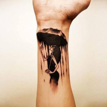 25 Outstanding Umbrella Tattoo Design Art Ideas