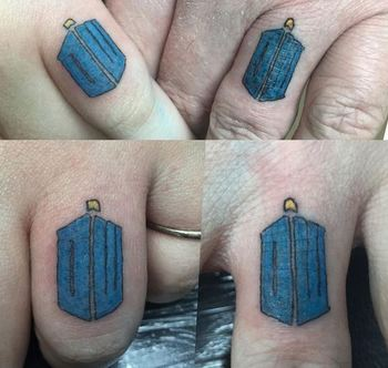25 Wedding Ring Finger Tattoos To Swoon Over