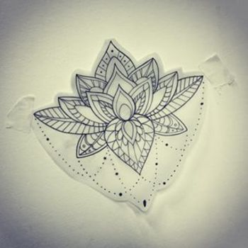 lotus mandala - The lotus is one of the eight auspicious signs of Buddhism and Hinduism, and the eigh