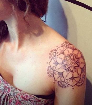 20+ Shoulder Mandala Tattoos for Women and Girls | Tattoos Mob