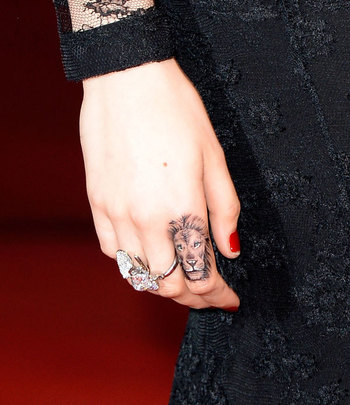 The 33 Most Adorable Tiny Tattoos in Hollywood