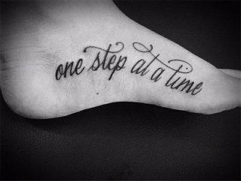 Tattoos on foot: 20 creative ideas and designs - Blog of Francesco Mugnai