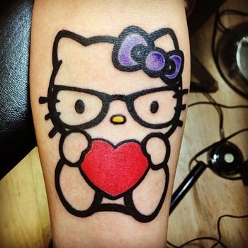 "Katrina Jackson on Instagram: ""#hellokitty #hellokittytattoo #nofilter Call or text 773-551-6446 to book your December appointment with me. I will be in and out of town…"""