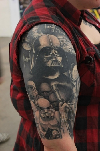 Now There Is An Awesome Star War Tattoo | iStreetStyle.com