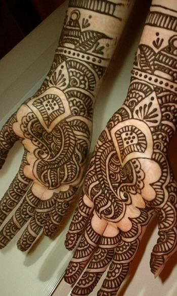 Mehndi is an inseparable part of Indian culture. Due to its immense popularity and its constant mixtu