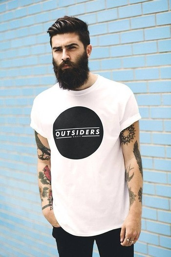 Hip. Cave. Men. Fashion. Urban. Outfit. Clean. Street Style. Black & White. Big Print. Tee. OUTSIDERS