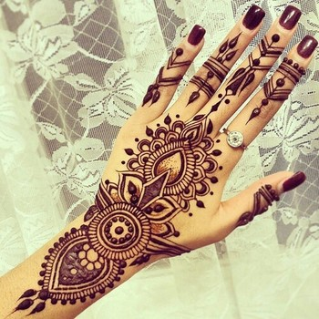 Beautiful Henna Design. Sooo @artfan601 Will You Do This For Me Next Time I See You?! #Obsessed