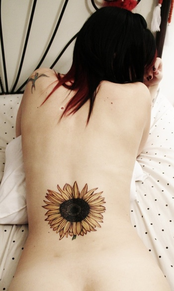 35 Inspiring Sunflower Tattoo Designs