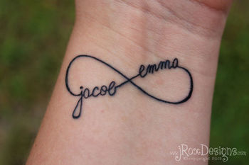 20 Brilliant Tattoo Ideas for Moms Who Want to Get Inked (PHOTOS)
