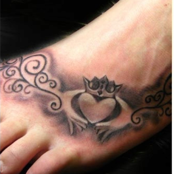 Claddagh Tattoo love! Would probably want better drawn hands haha