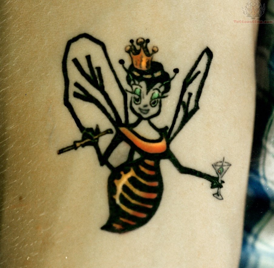 Beautiful bee tattoo original