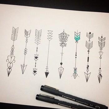 """Renan Arts Tattoo on Instagram: """"Disponivel para tatuar ↗️ #arrowtattoo #arrowtattoos #arrowtattooline #arrowtattooflash #tattooflash #flashtattoo #tattoo #tatuagem…"""""""