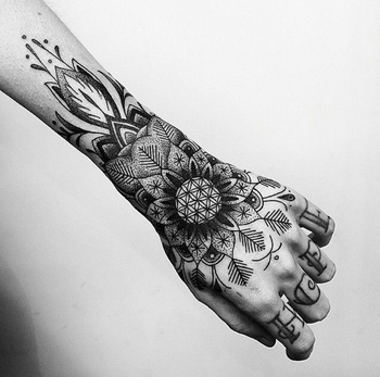 50 Mandala Tattoo Design Ideas - nenuno creative