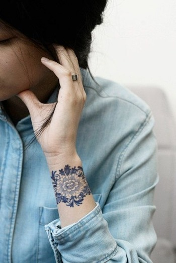 Stunning Wrist Flower Tattoos for Women | Tattoos for Women