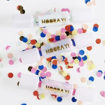 Hooray Confetti Crackers