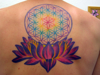 25 Fabulous Flower of Life Tattoo Designs - SloDive