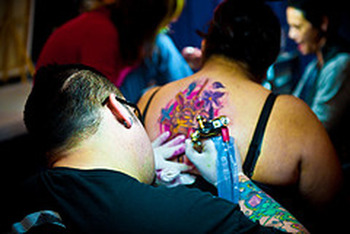 Tattoo Afercare: Peeling and Flaking Tattoos