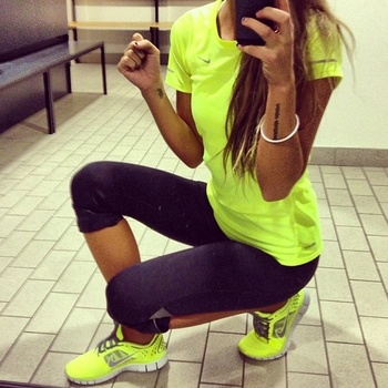 Neon workout outfit...love it! http://pinterest.com/treypeezy http://twitter.com/TreyPeezy http://ins