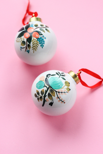 10 Minutes or Less: DIY Temporary Tattoo Ornaments - The Crafted Life