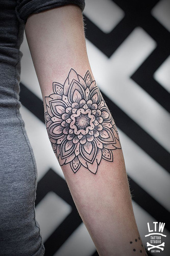 30+ Intricate Mandala Tattoo Designs | Art and Design