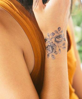 Beautiful Wrist Tattoo | World Beauty