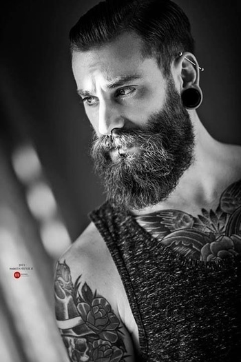 40 Perfect Beard and Hairstyle Looks For Men