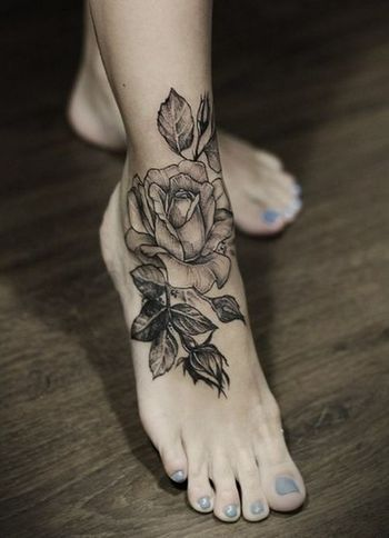 Best Flowers Tattoo Designs – Our Top 10