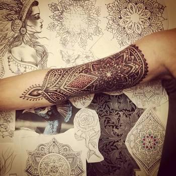 Mandala with geometric and henna style, by Saskia Chowles at Inka, Brighton, UK #ink #tattoo
