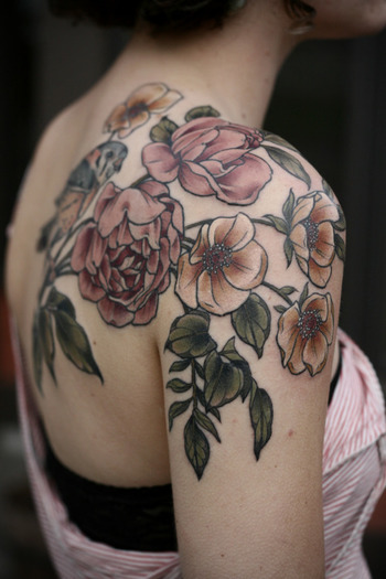 I like the coloring and the way the leaves are done, less of a fan of the shading in the flower petal