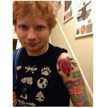 ED GOT A NEW TAT AND I LOVE IT SO MUCH HE LOOKS SO FREAKING ADORABLE ❤❤❤❤❤