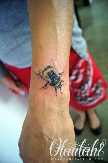 Love this Bee Tattoo by Otautahi Tattoo! http://www.facebook.com/otautahi