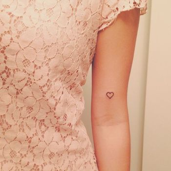 25 tiny tattoos that are too cute for this world