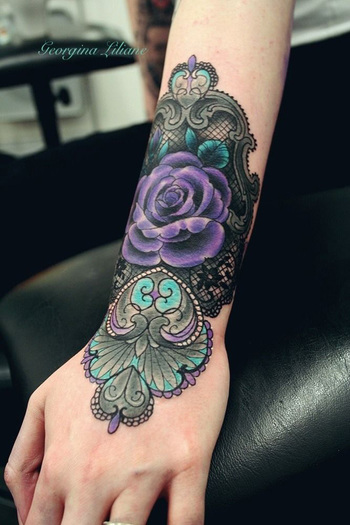 45+ Lace Tattoos for Women | Art and Design