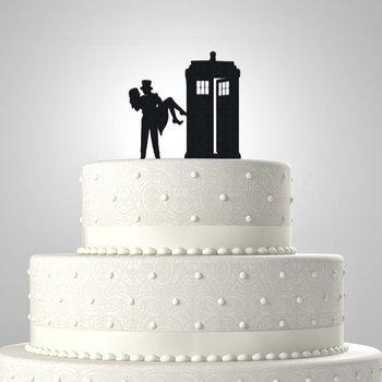 Bride and Groom Tardis Cake Topper
