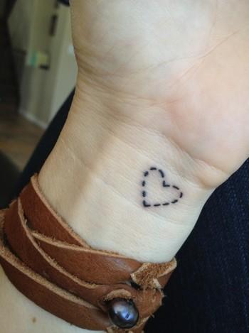 Tatuagens delicadas e pequenas (100 fotos) «  Dona Giraffa