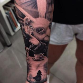 100+ Best Alice In Wonderland Tattoos - Page 2 of 3 - TATTOOBLEND