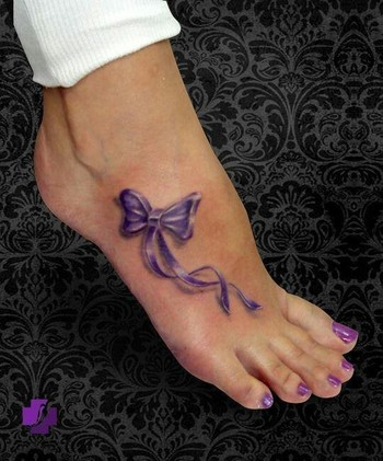 POSSIBLE LUPUS AWARENESS TATTOO WITH MY MOMMY:)