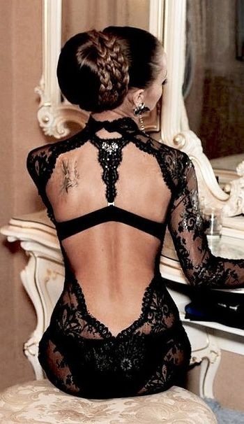 Backless, always sexy