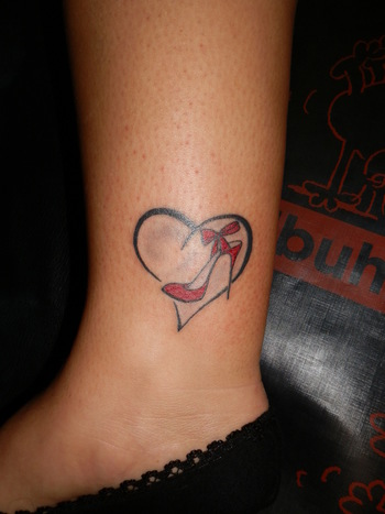 Crazy Tattoo Galleries: High Heel Tattoo Designs