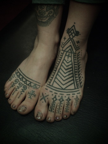 foot pattern. Love the geometry