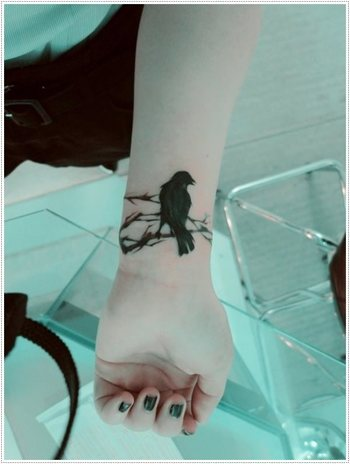 The Beauty and Depth of Raven Tattoos With Meaning