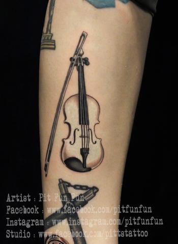 violin tattoo by Pit Fun ,www.pittstattoo.com ,instagram : pitfunfun ,facebook : fun fun official pag