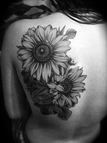 Finally found a good enough sunflower tattoo picture! Getting something like this next week, with thi