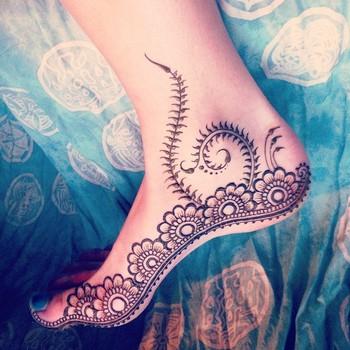 Josje @tokomehndi Some henna practi...Instagram photo | Websta