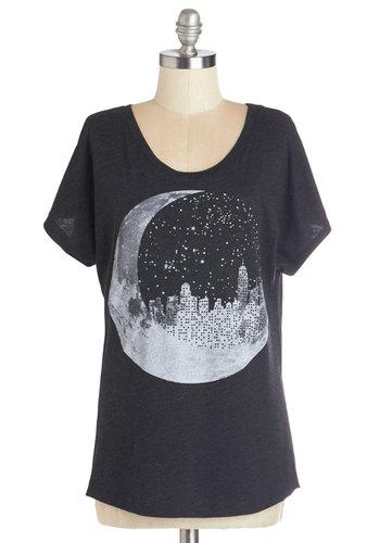 Urban Eclipse Tee   Mod Retro Vintage Sweaters   ModCloth.com