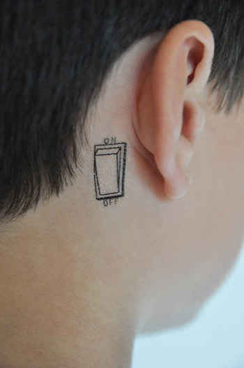 26 Tattoos To Wear Only For A Night
