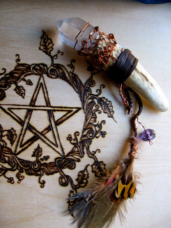 I really want that bone and crystal amulet/pendulum! So beautiful! Must have this one day! I love the