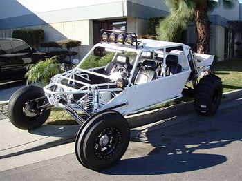 Cleanest Suspensions Unlimited Sand car I've seen!