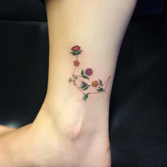 20 minimalistic flower tattoos for women tattooblend original