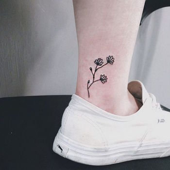 These 11 Floral Tattoos Are the Definition of Pretty